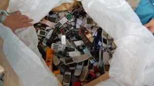 celulares-viejos-chatarra-compostaje