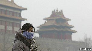 Imágenes dramáticas del aire contaminado de Pekín.
