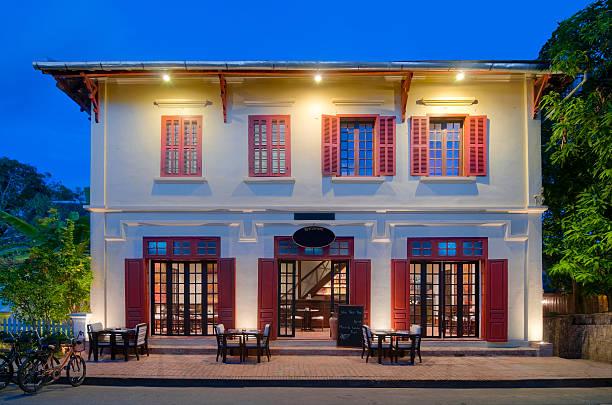 Colores para pintar un restaurante for Fachadas de locales de comida rapida